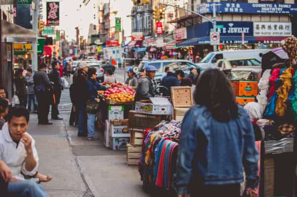0_4200_0_2800_one_nyc-chinatown-sidewalk-vendors-tam20
