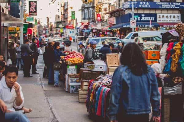 0_4200_0_2800_one_nyc-chinatown-sidewalk-vendors-tam20