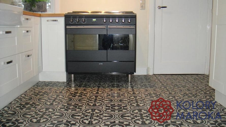 plytki-cementowe-w-kuchni (1)