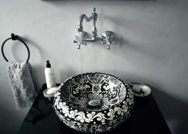 SERENA, meksykańska umywalka talavera w łazience autorki bloga Republika Kolorów