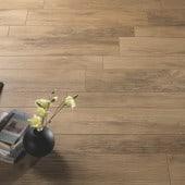Xilema, płytki gresowe z motywem naturalnego drewna, włoskiej firmy Ceramiche Cisa