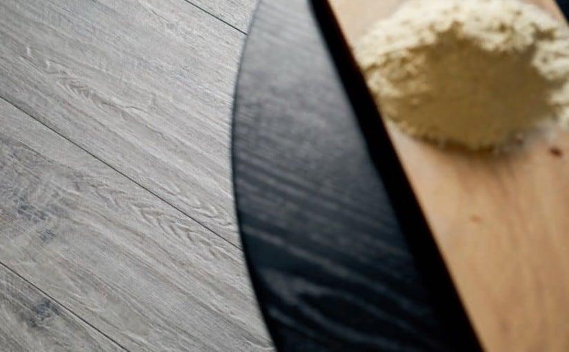 Marazzi FreverkHome Frassino – dekoracyjne drewno jesionu na gresowych płytkach