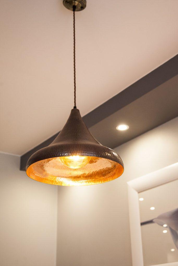 Lampa miedziana wiszaca - sufitowa lampa z ręcznie kutej miedzi 01