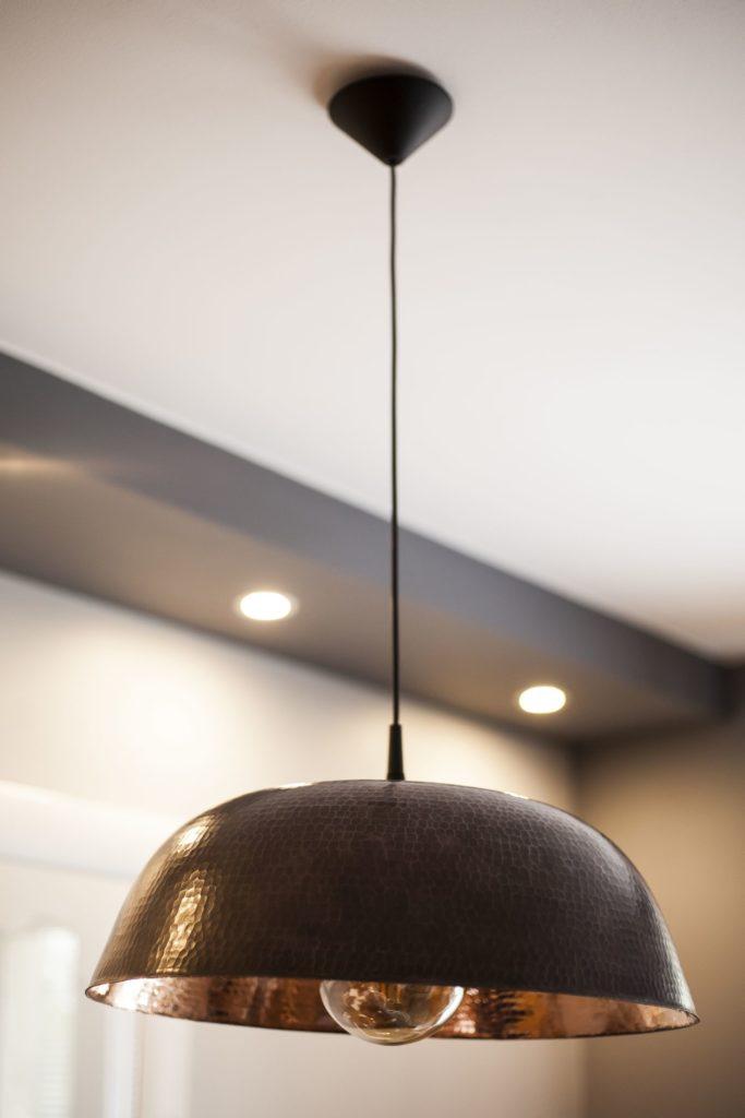 Miedziana Lampa - sufitowa lampa wisząca z ręcznie kutej miedzi 02
