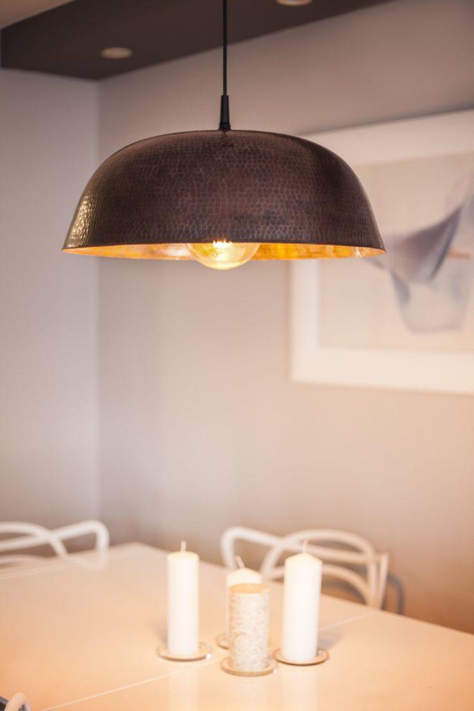 Miedziana Lampa - sufitowa lampa wisząca z ręcznie kutej miedzi 05